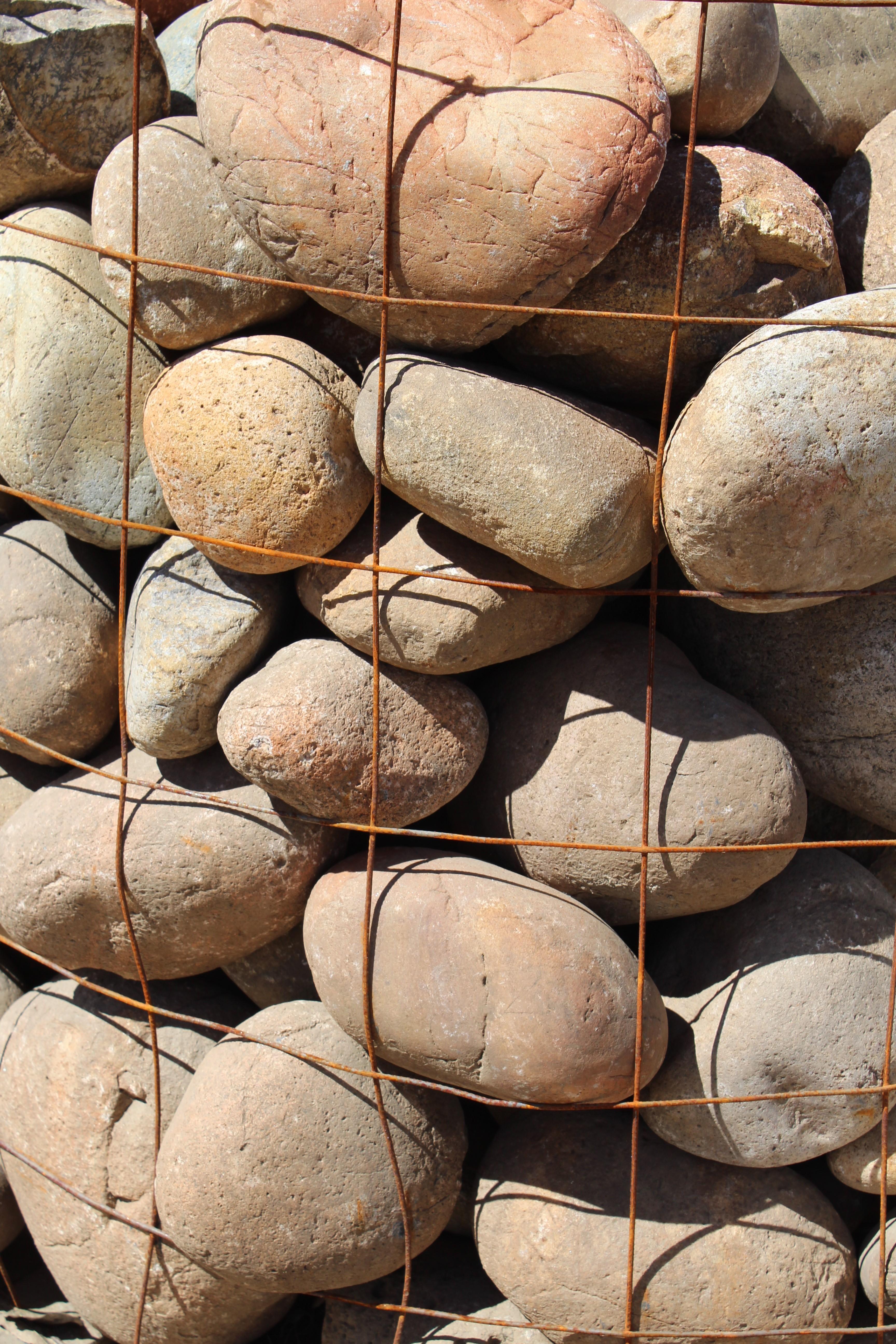 Mexican Sunburst Pebbles  6″-10″