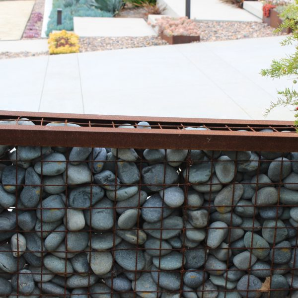 Black Mexican Beach Pebble Gabion Wall e1579564792213 - Black Beach Pebble - 3 to 5 inch