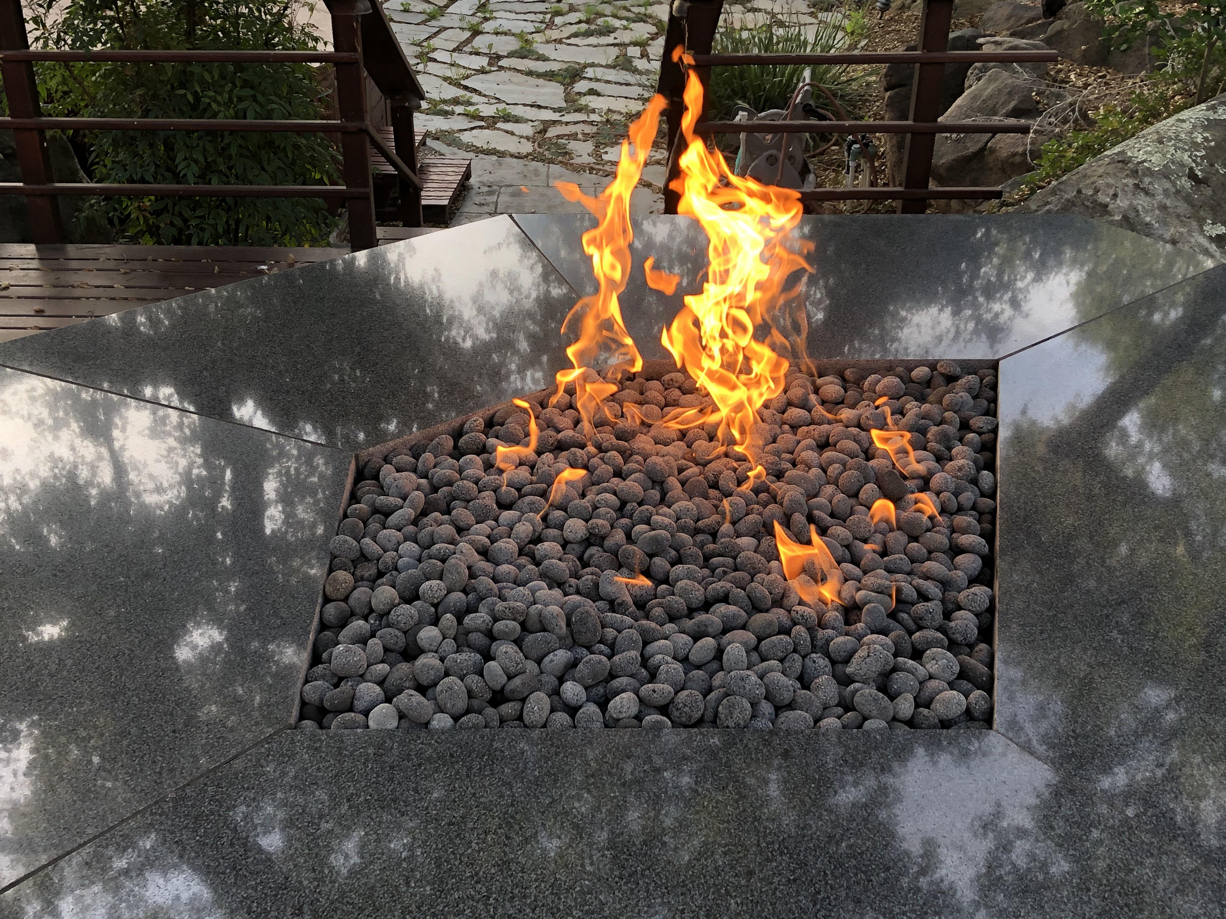 Black Lava Pebble Fire Pit (3)